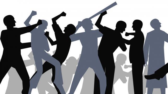 পেকুয়ায় সিএনজি শ্রমিকদের দু'পক্ষের মধ্যে ব্যাপক সংঘর্ষ : আহত-৮