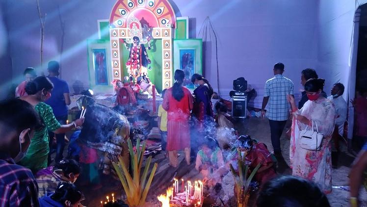 দীপাবলীর আলোয় আলোকিত পর্যটন শহর কক্সবাজার