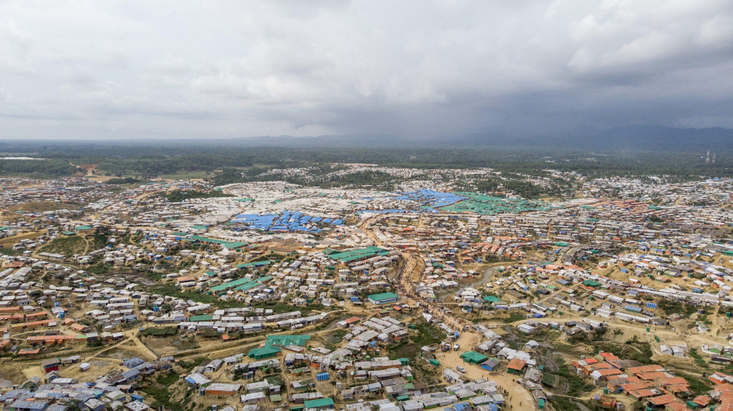 বিশ্বের সবচেয়ে বড় আশ্রয়শিবির কক্সবাজারের কুতুপালং