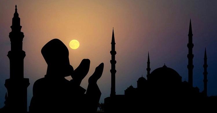 কক্সবাজারে ধর্মীয় ভাবগাম্ভীর্যে পালিত হলো পবিত্র শবে বরাত