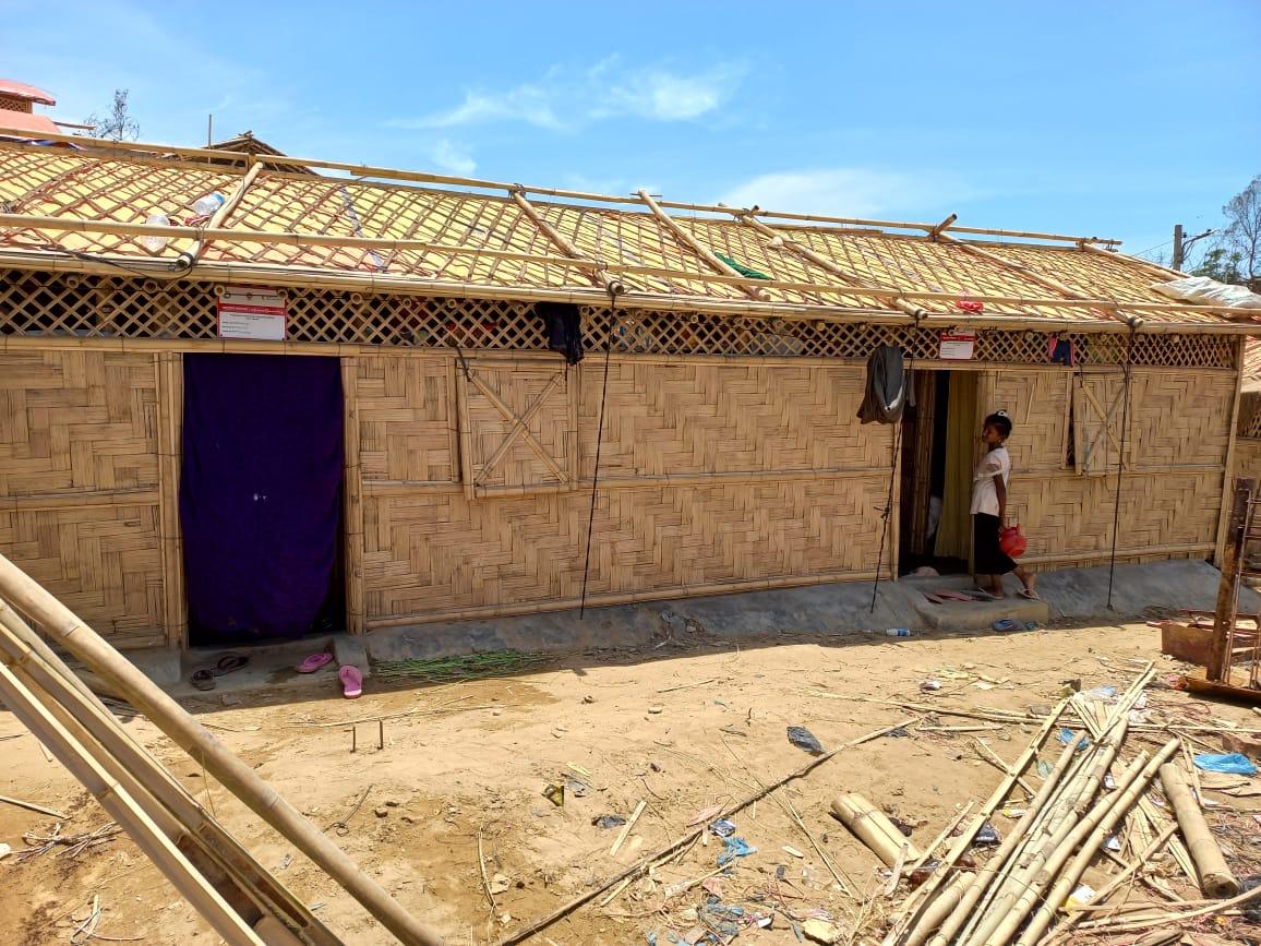 কক্সবাজারের বালুখালি ক্যাম্পে অগ্নিকাণ্ডে ক্ষতিগ্রস্ত রোহিঙ্গাদের জন্য রেড ক্রিসেন্টের ১ হাজার ঘর নির্মাণ