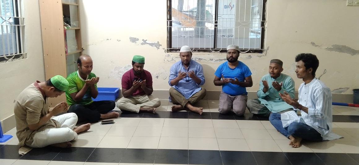 কক্সবাজারে করোনাক্রান্ত সাংবাদিকদের সুস্থতা কামনায় দোয়া মাহফিল