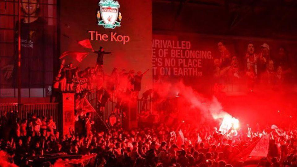 Liverpool-fan.jpg