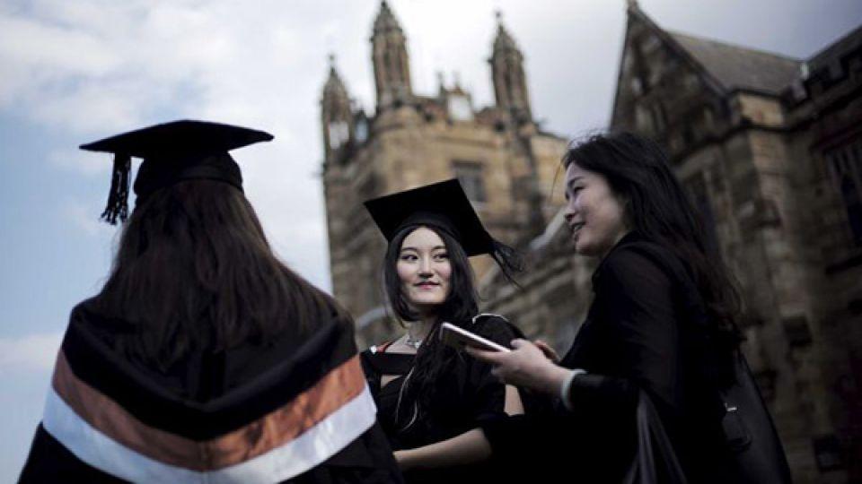 china-student-uk.jpg